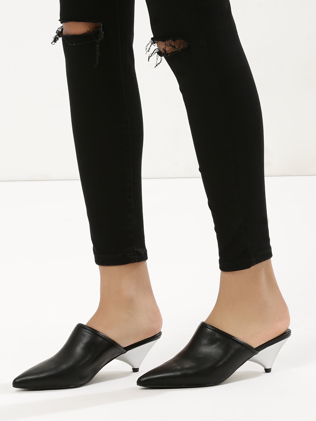 Intoto Black Cone Heeled Mules 1
