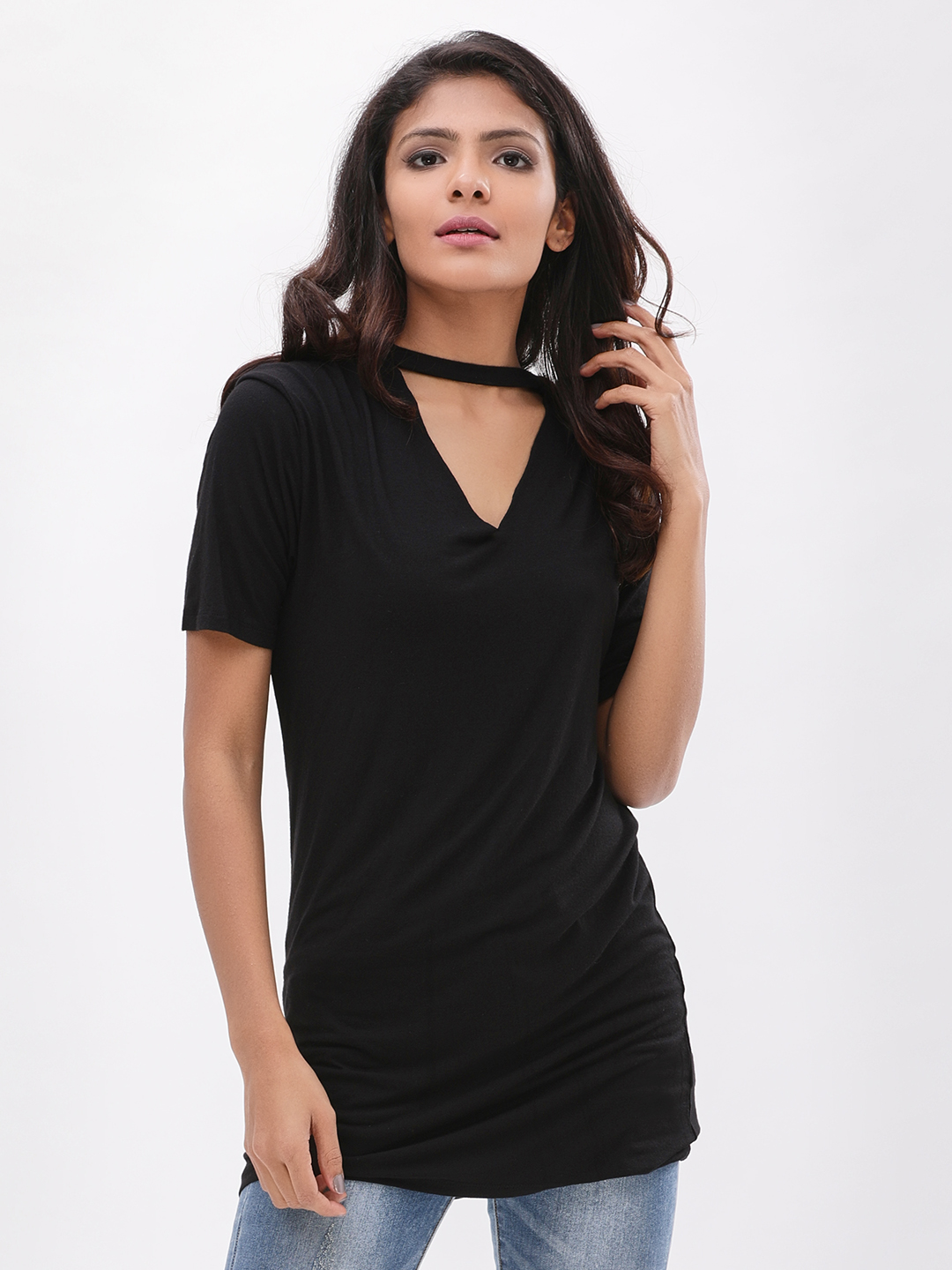 New Look Black Choker Neck Longline T-Shirt 1