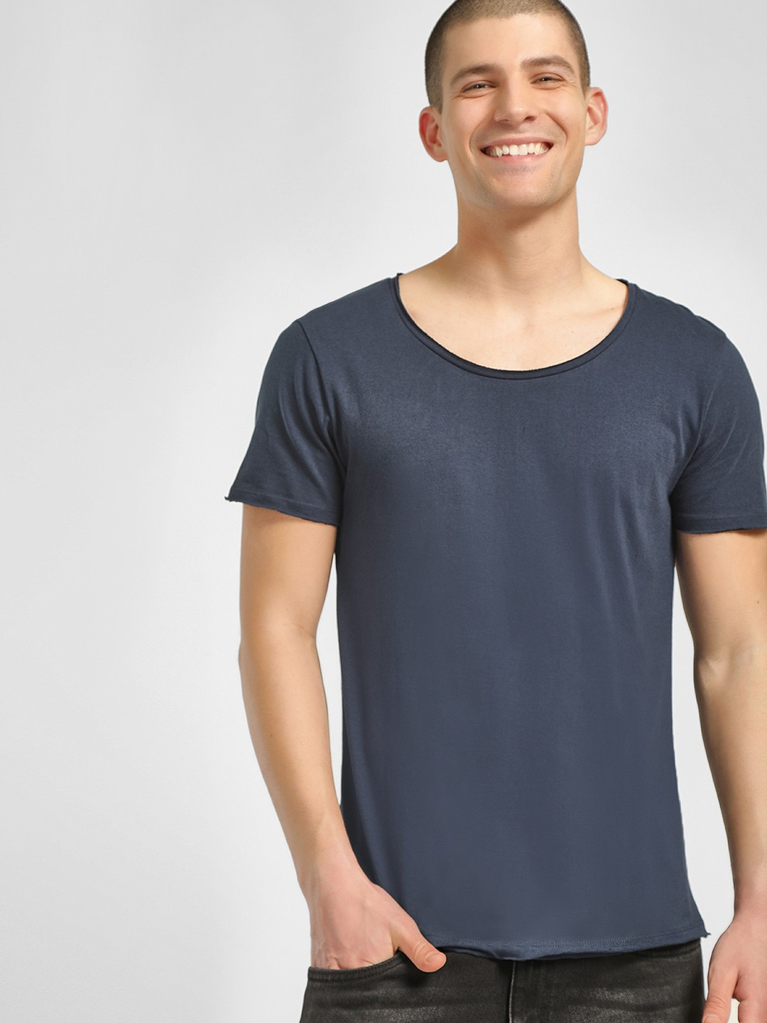 KOOVS Navy Scoop Neck Slim Fit T-Shirt 1
