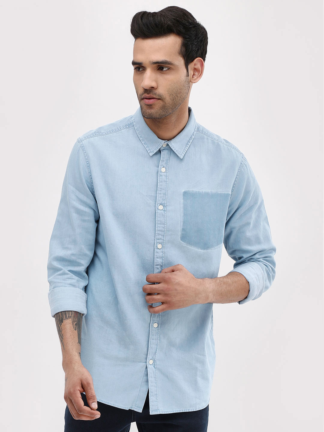 New Look Mid Blue Ghosted Pocket Denim Shirt 1