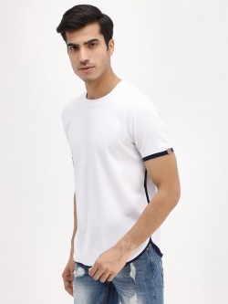 Blotch Curved Hem Contrast Trim T-Shirt