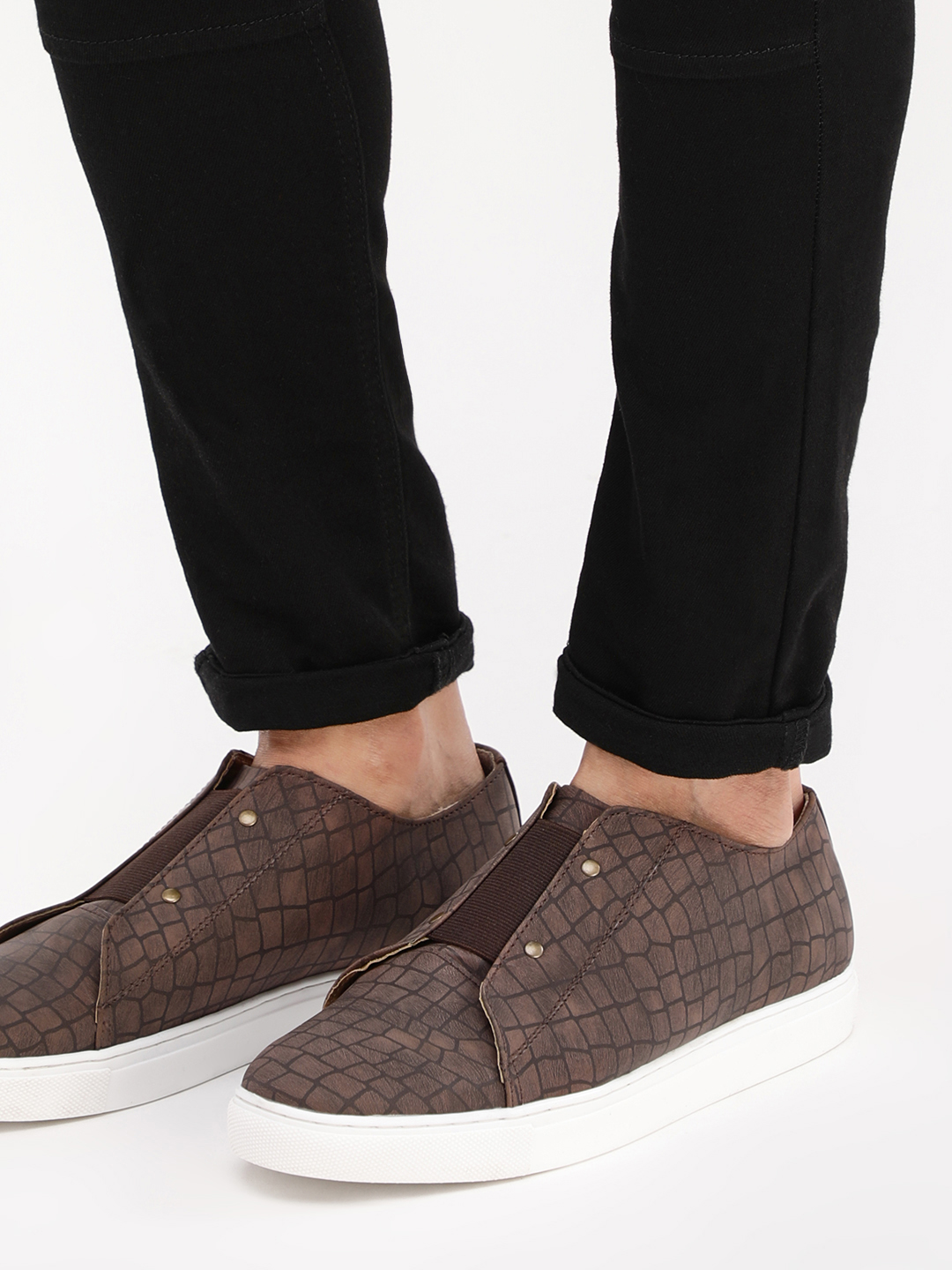 Tread tan textured Textured Slip-On Casual Shoes 1
