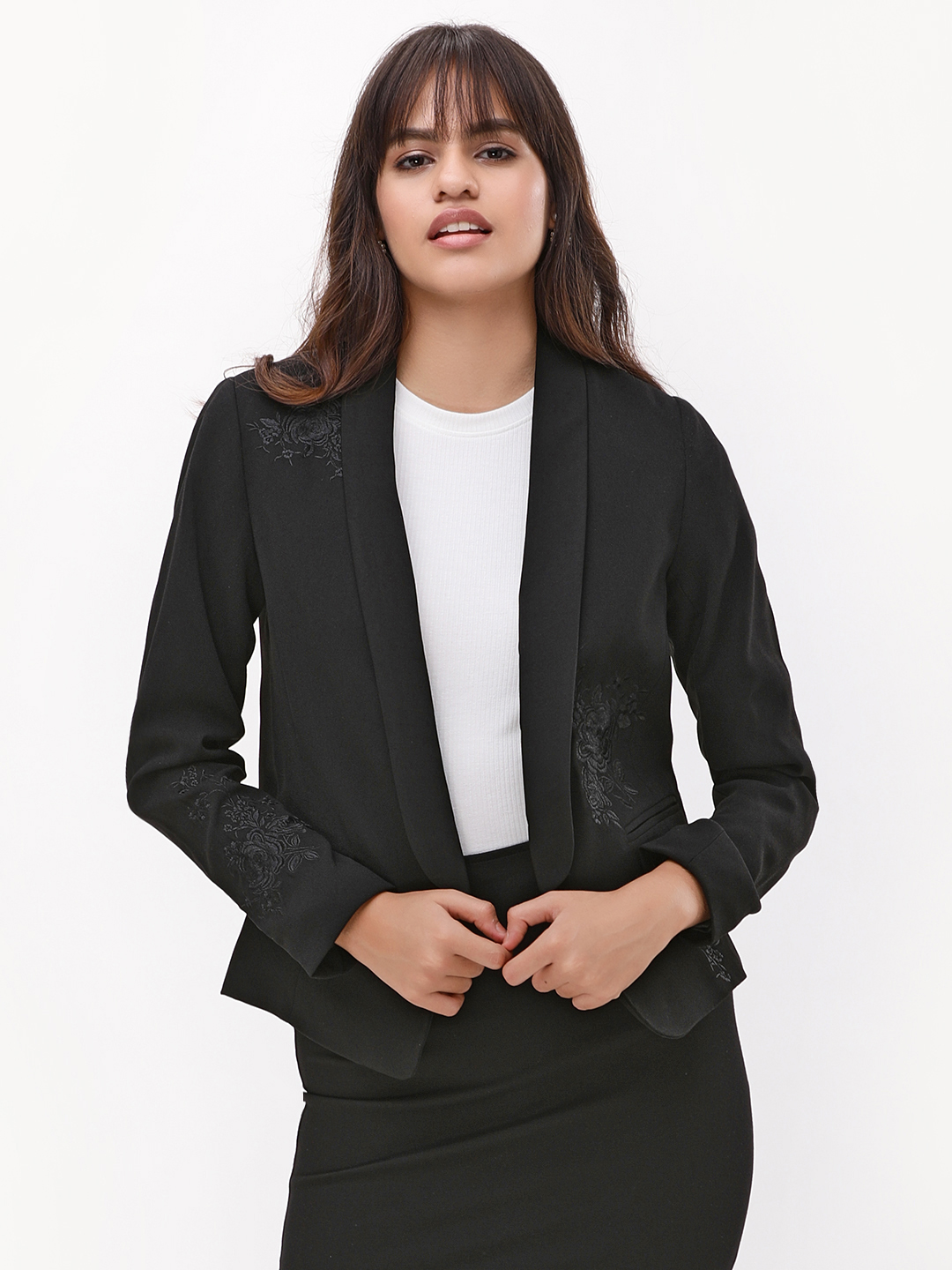New Look Black Rose Embroidered Tuxedo Jacket 1