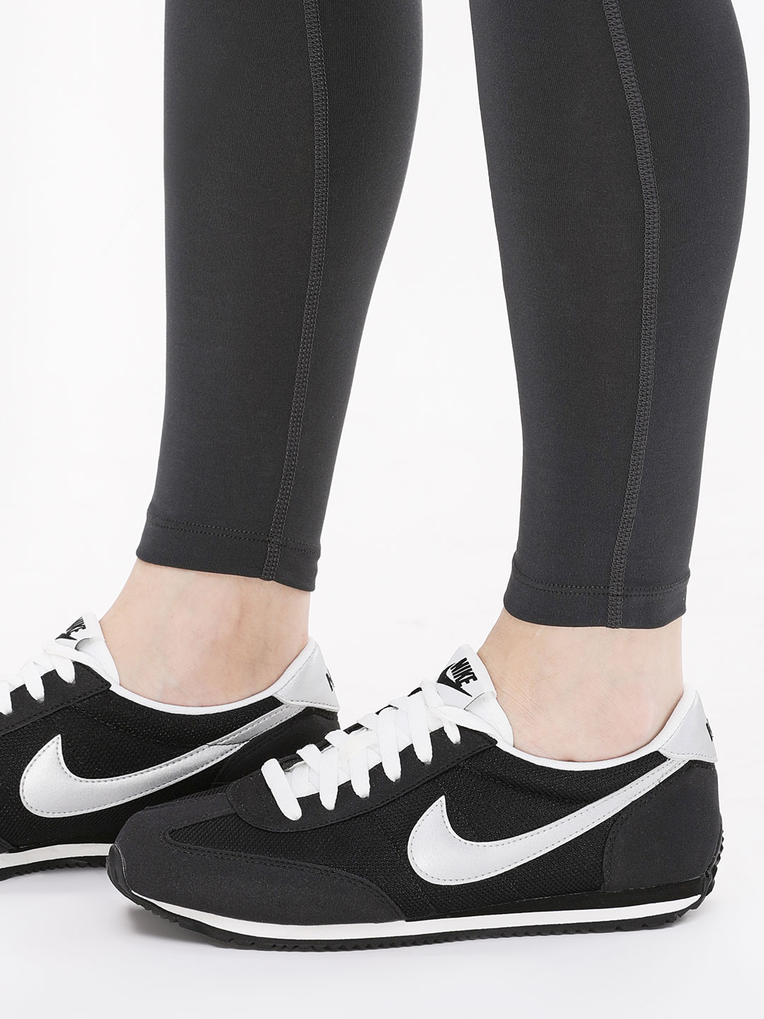 Black Oceania Textile Running Shoes