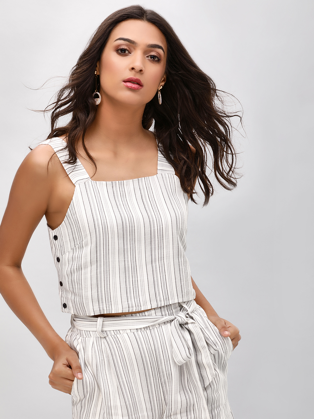 Sbuys Multi Vertical Striped Crop Top 1