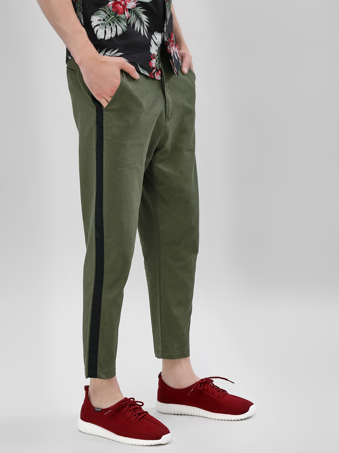 Spring Break Olive Contrast Side Tape Cropped Slim Trousers 1