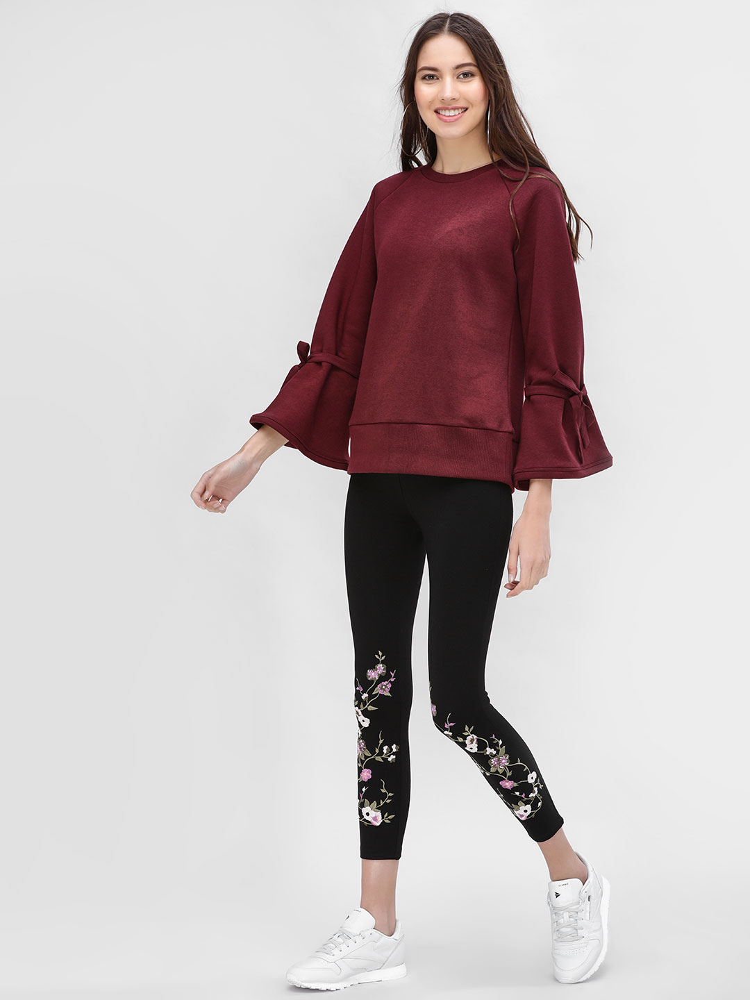 KOOVS Black Floral Embroidered Cropped Leggings 1