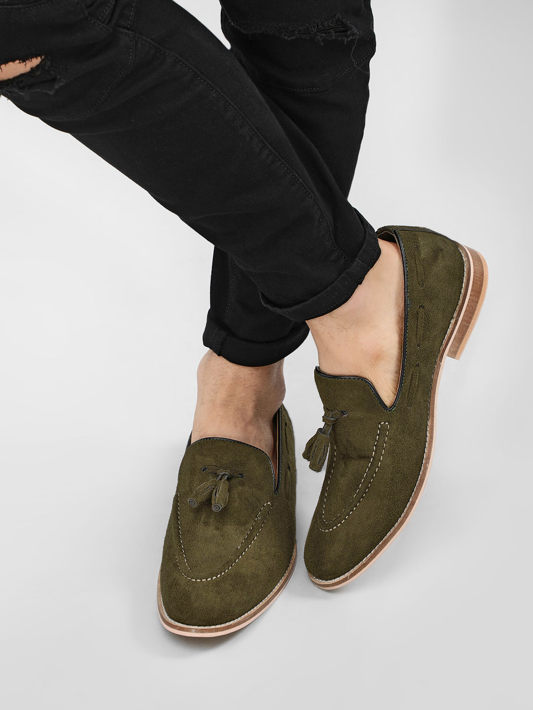 Griffin Green Tassel Trim Detail Suede Loafers 1