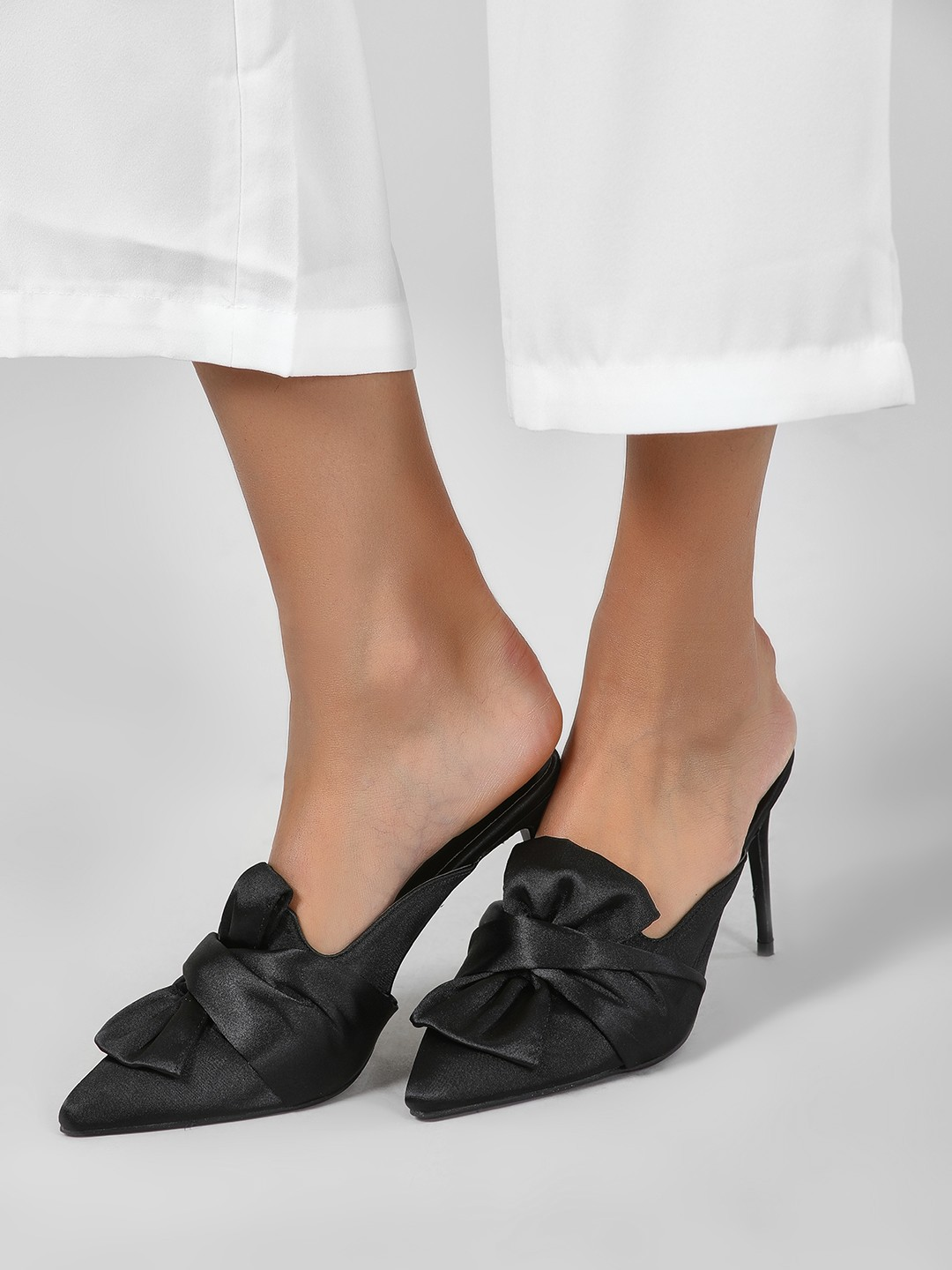 Intoto Black Front Knot Satin Heeled Mules 1