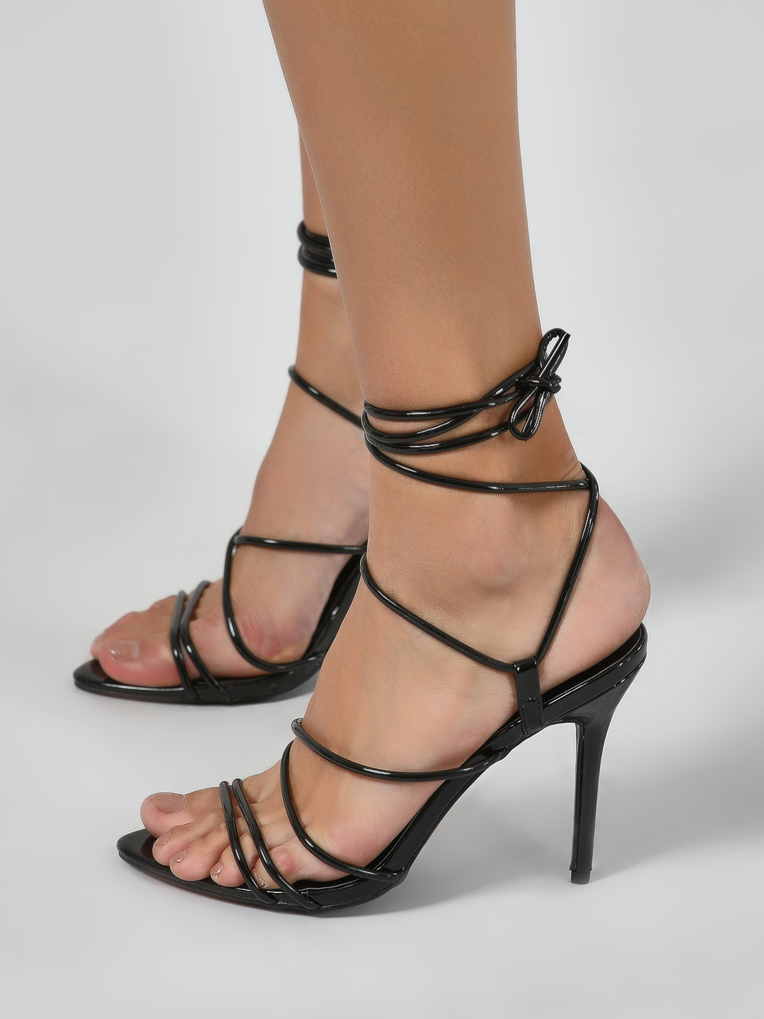 Intoto Black Holographic Tubular Strap Tie Up Sandals 1