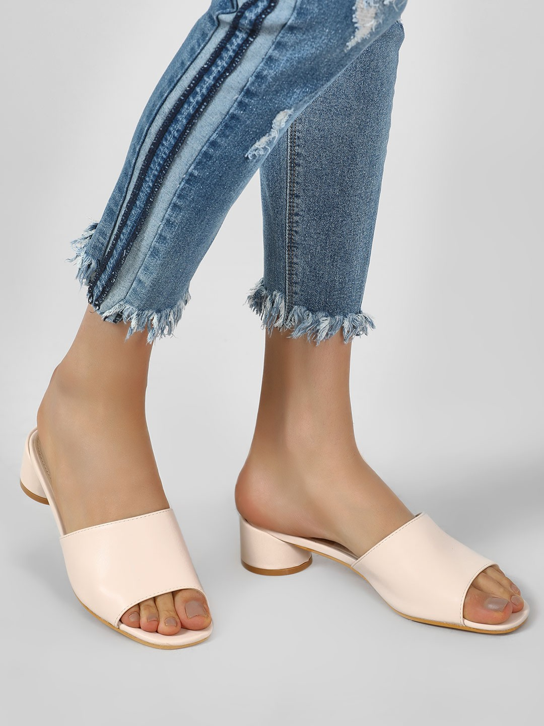 Intoto Nude Mules With Short Cylindrical Heels 1