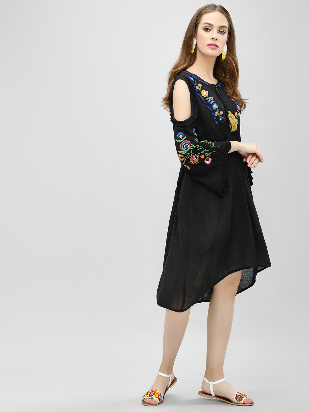 Sbuys Black Embroidered Cold Shoulder Asymmetric Dress 1