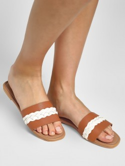 CAi Braid Strap Flat Sandals
