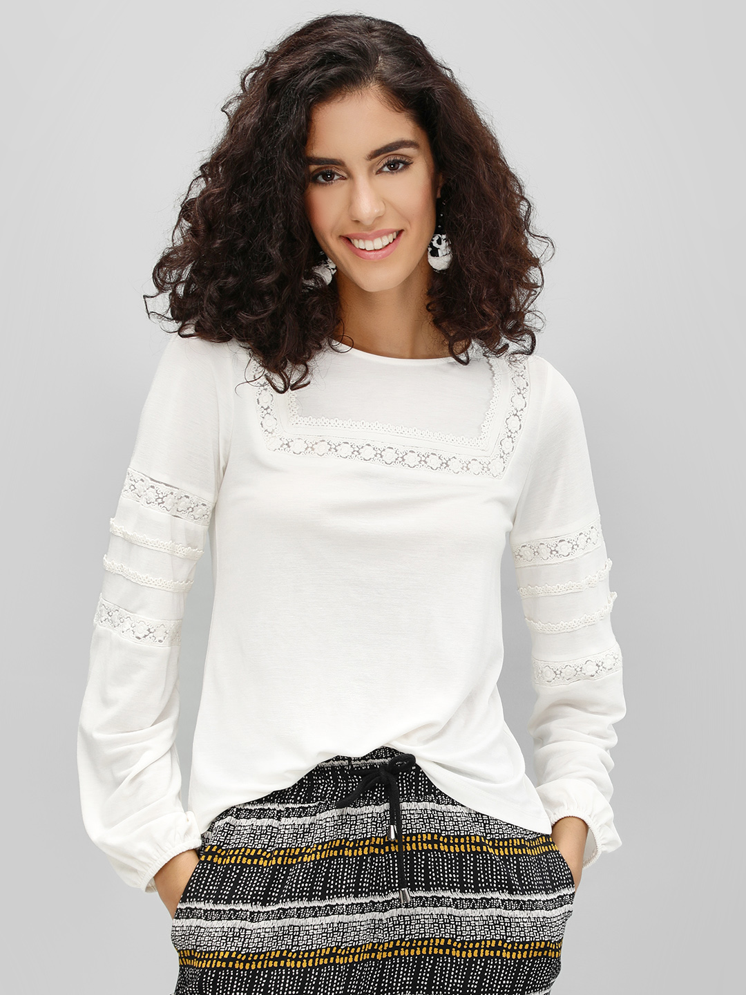 Cover Story White Square Neck Blouse With Volume Sleeve 1