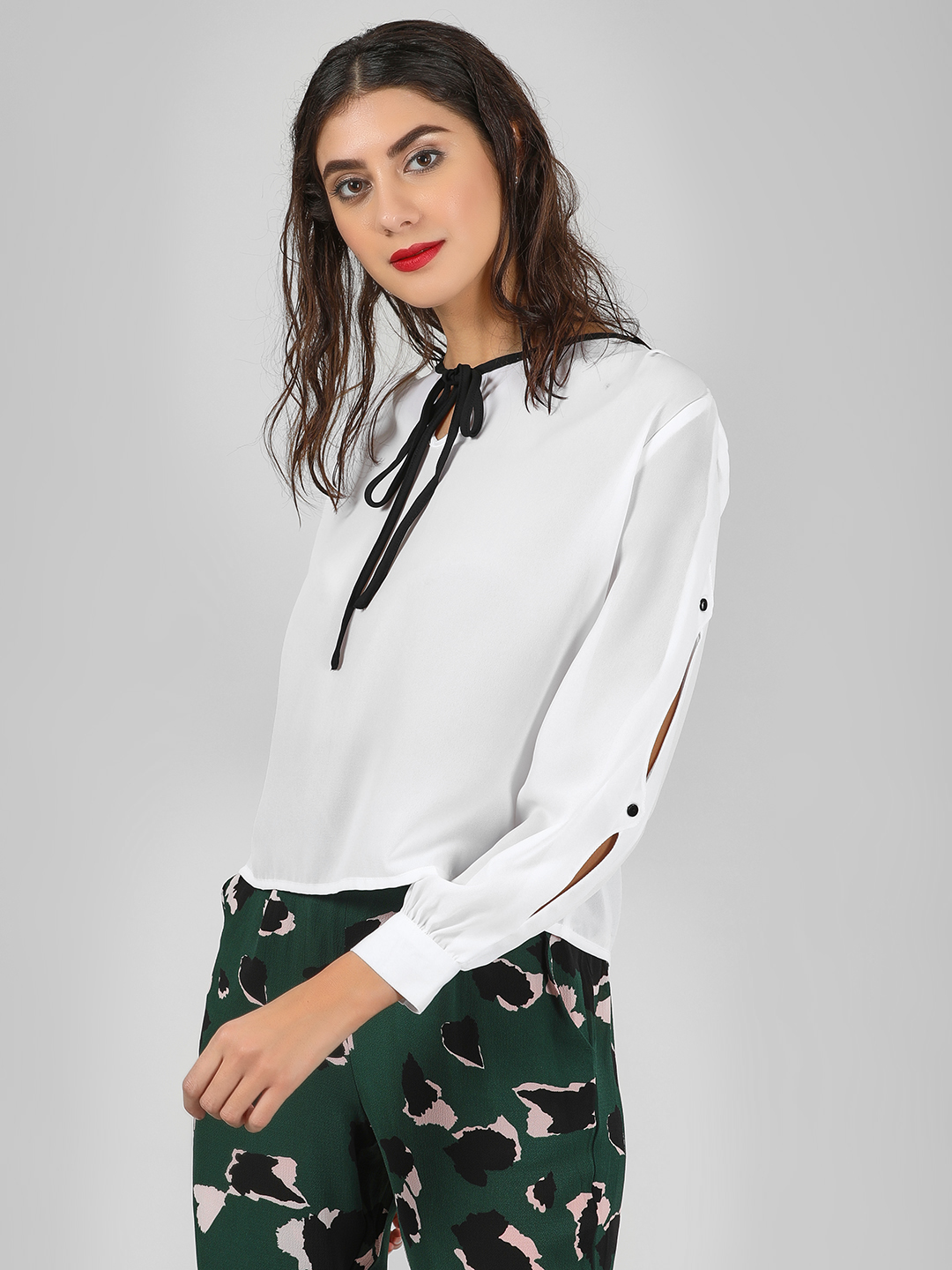 Street9 White Tie Knot Blouse With Popper Sleeves 1