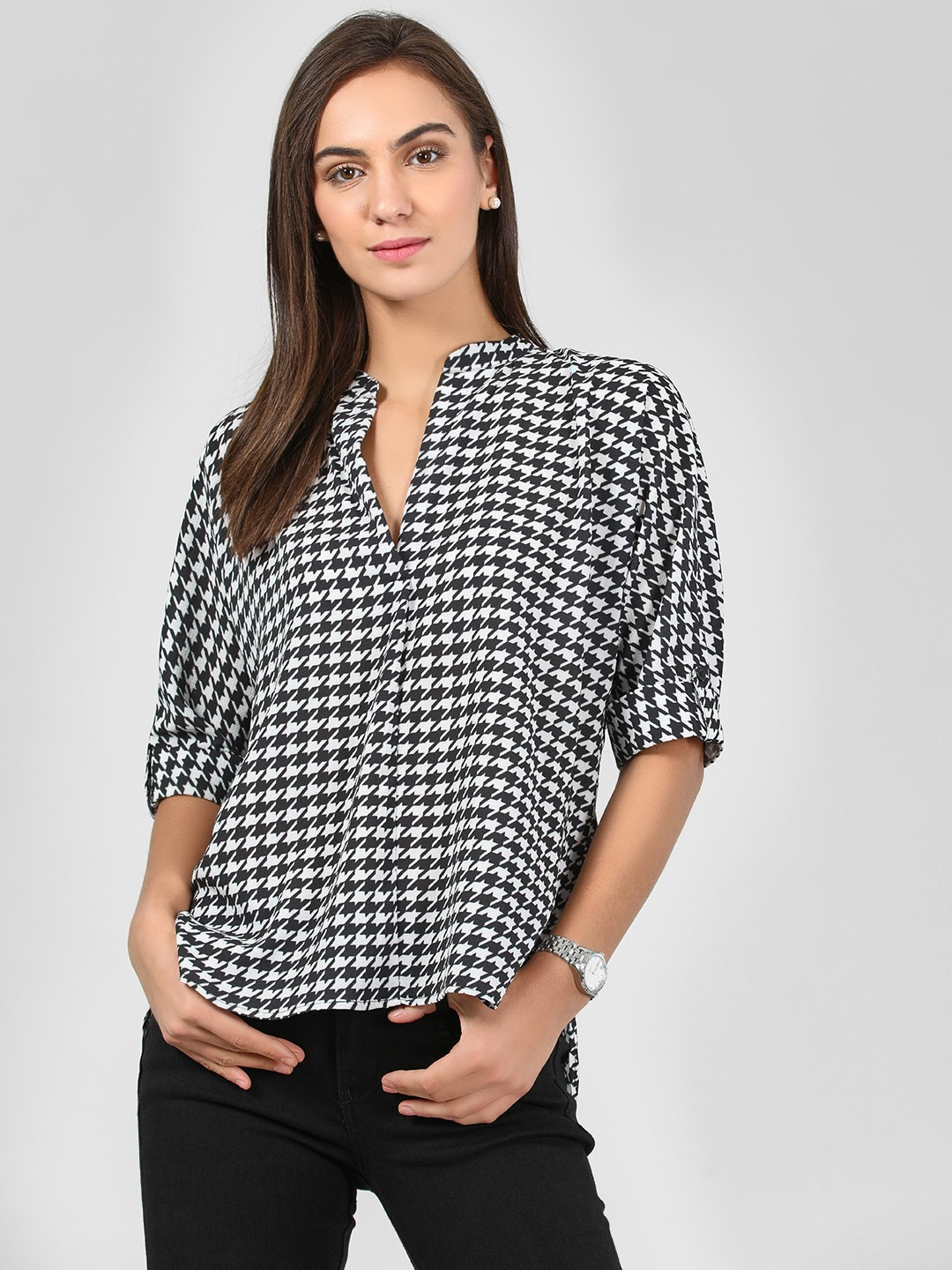 KOOVS Multi V-Neck Blouse With Twisted Back 1