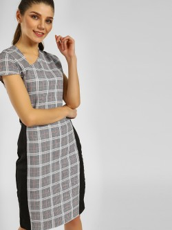 KOOVS Contrast Tape Checkered Shift Dress