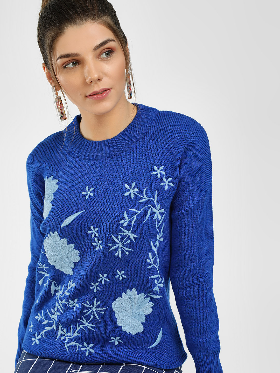 HEY Royal Blue Floral Embroidered Pullover 1