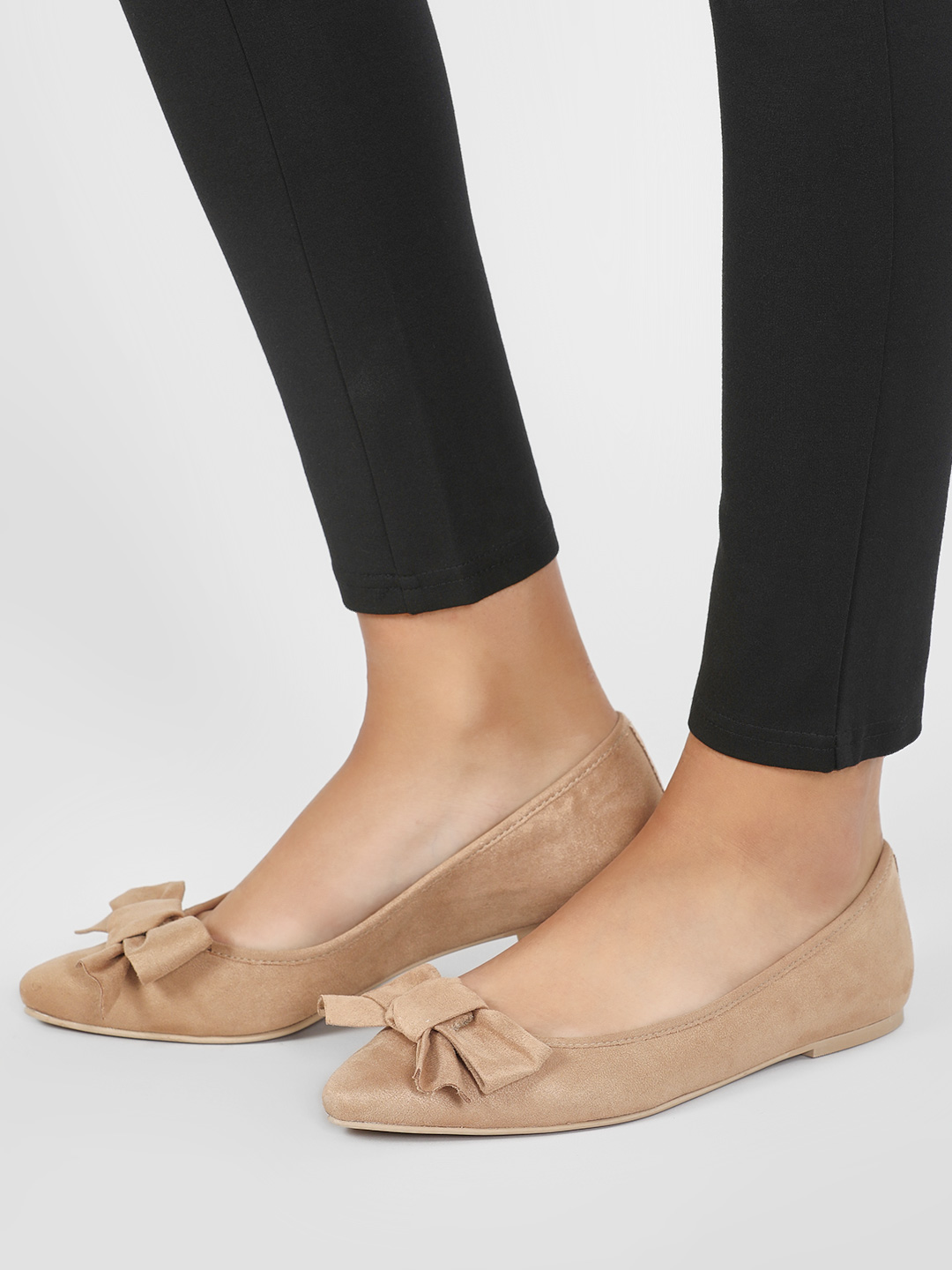 KOOVS Nude Bow Detail Flat Pumps 1