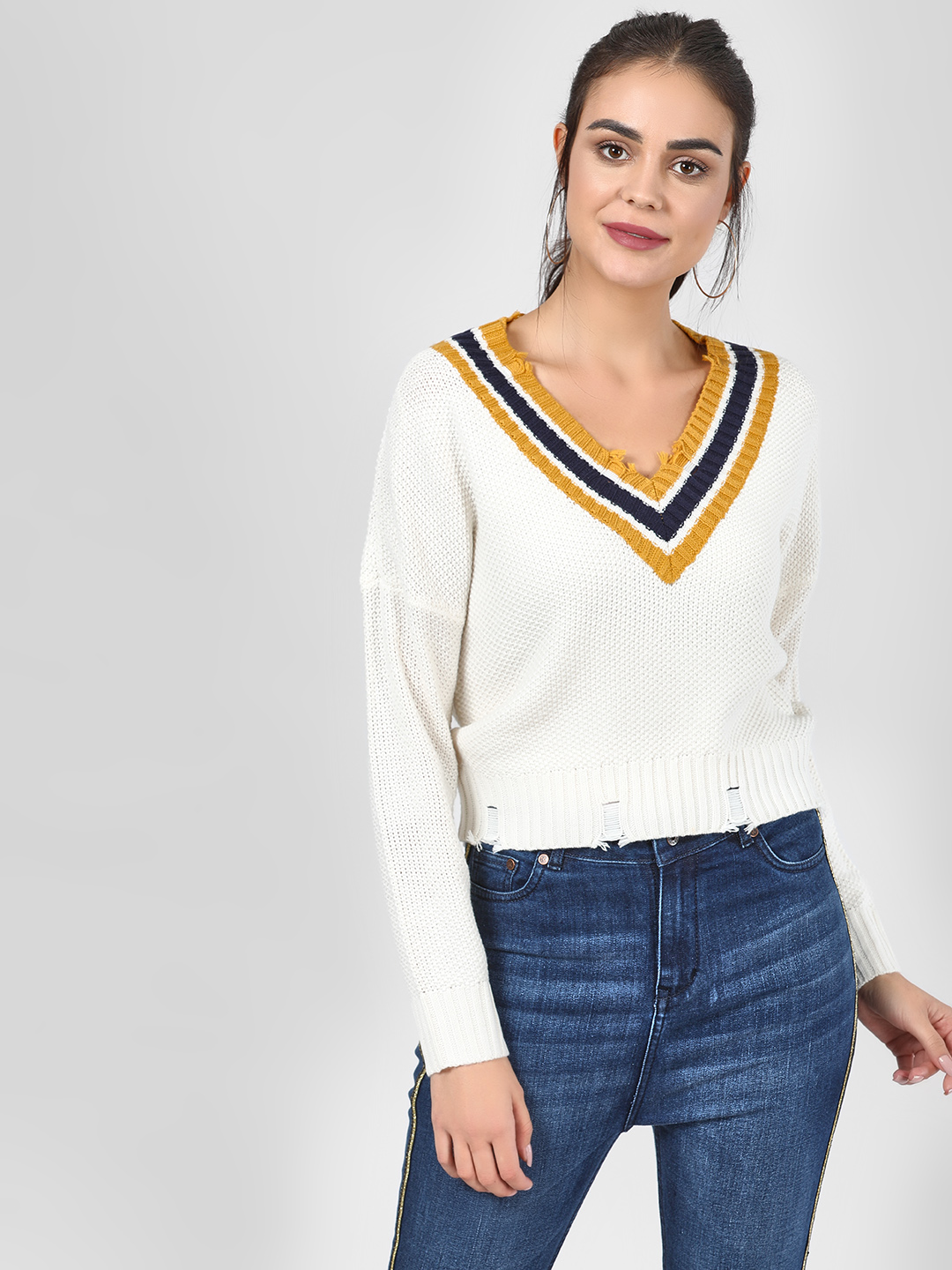 Only White Striped V-Neck Cropped Pullover 1