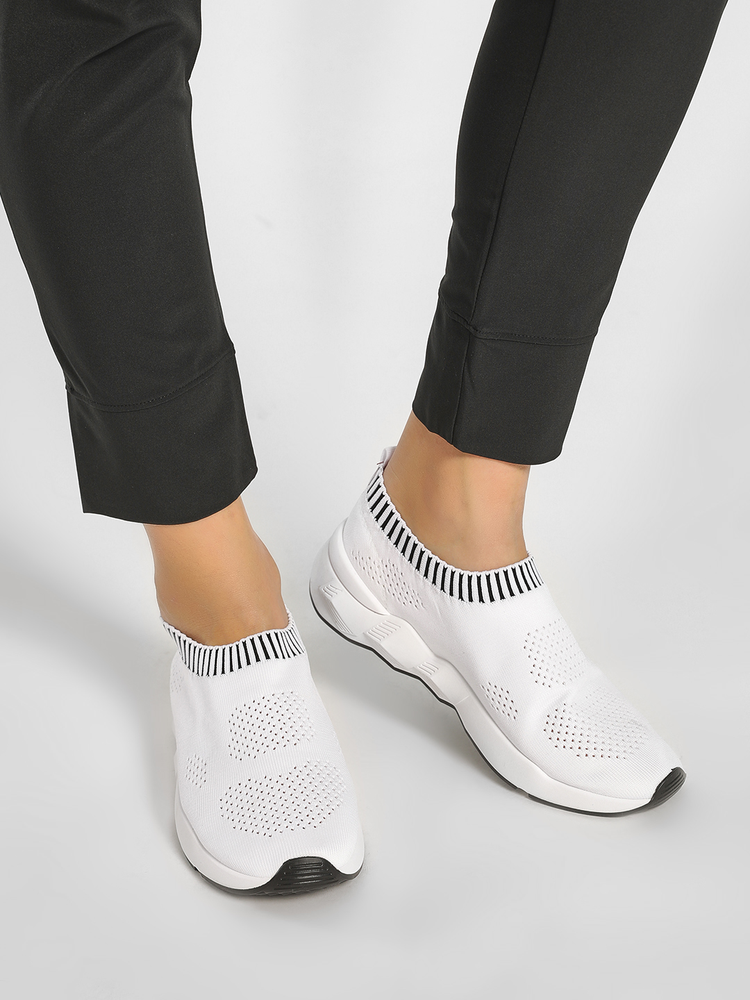 Happy Feet White Mesh Socks Trainers 1