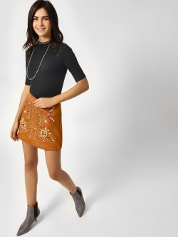 Moguland Suede Embroidered Studded Skirt