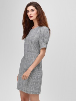Cover Story Puff Sleeve Checkered Shift Dress