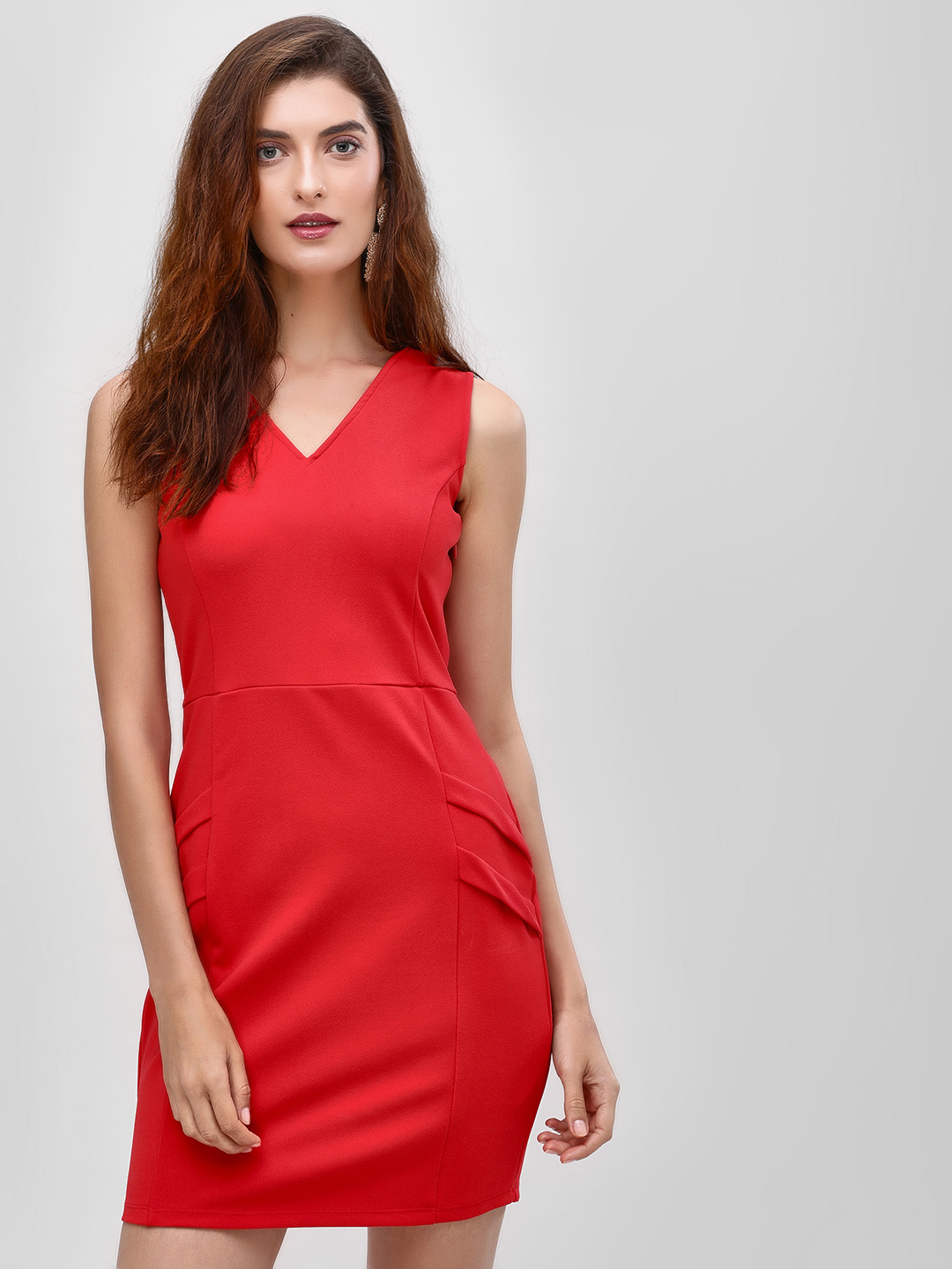 Cover Story Red V Neck Sleeveless Shift Dress 1
