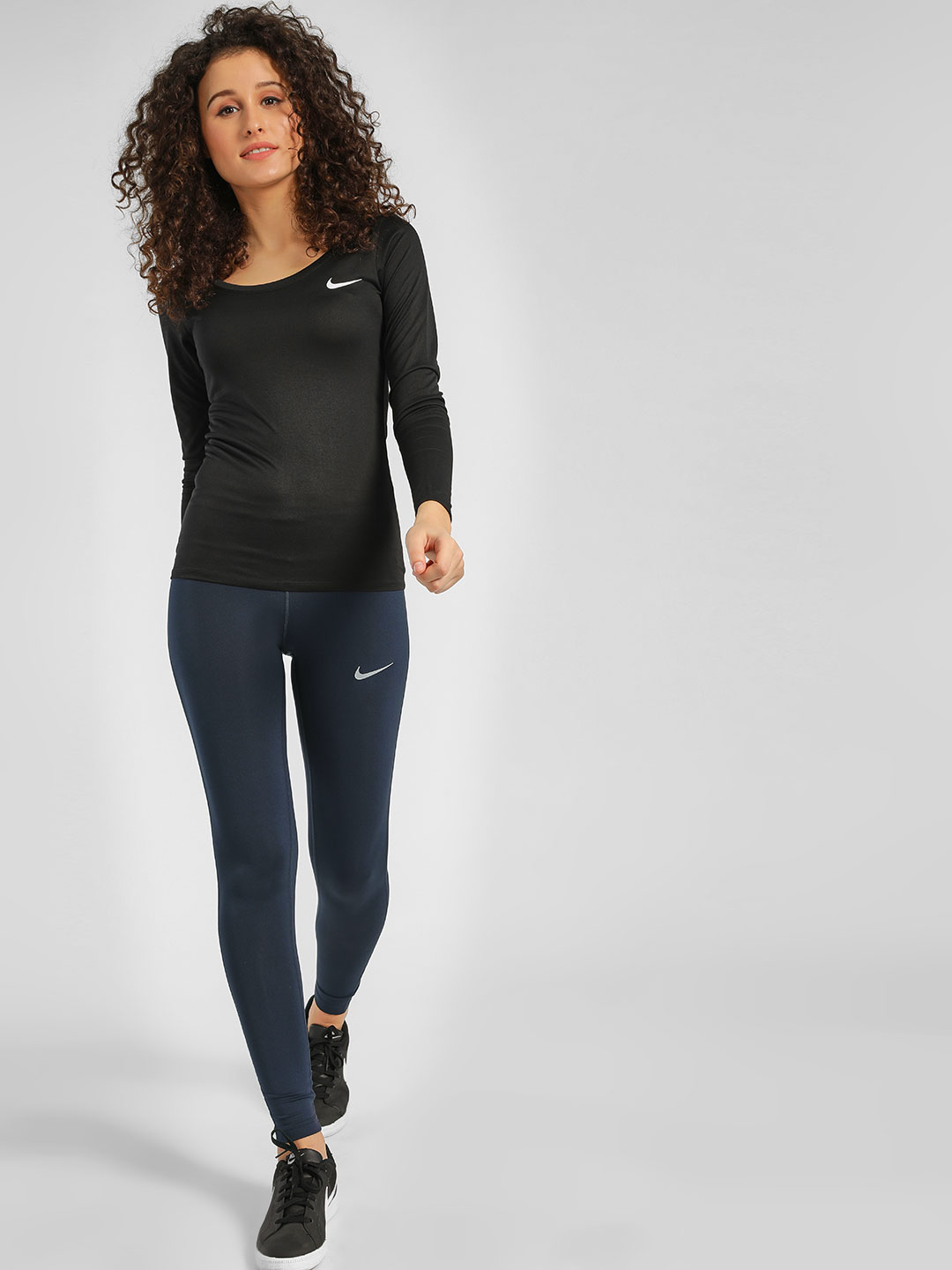 Nike Blue AS Essential Tights 1