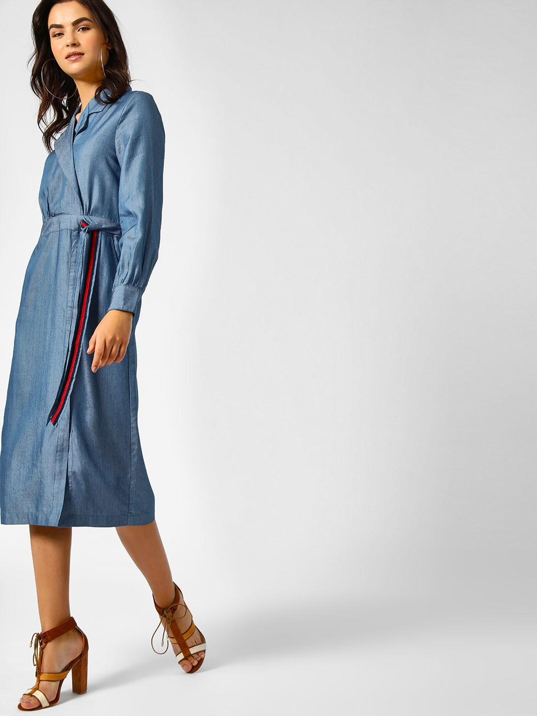 PostFold Blue Maxi Dress With Contrast Tie Up 1