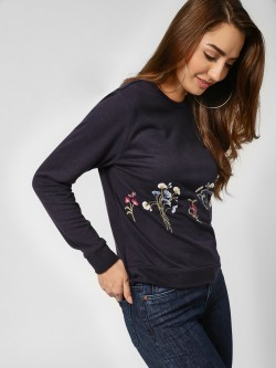 PostFold Crew Neck Floral Embroidered Sweatshirt