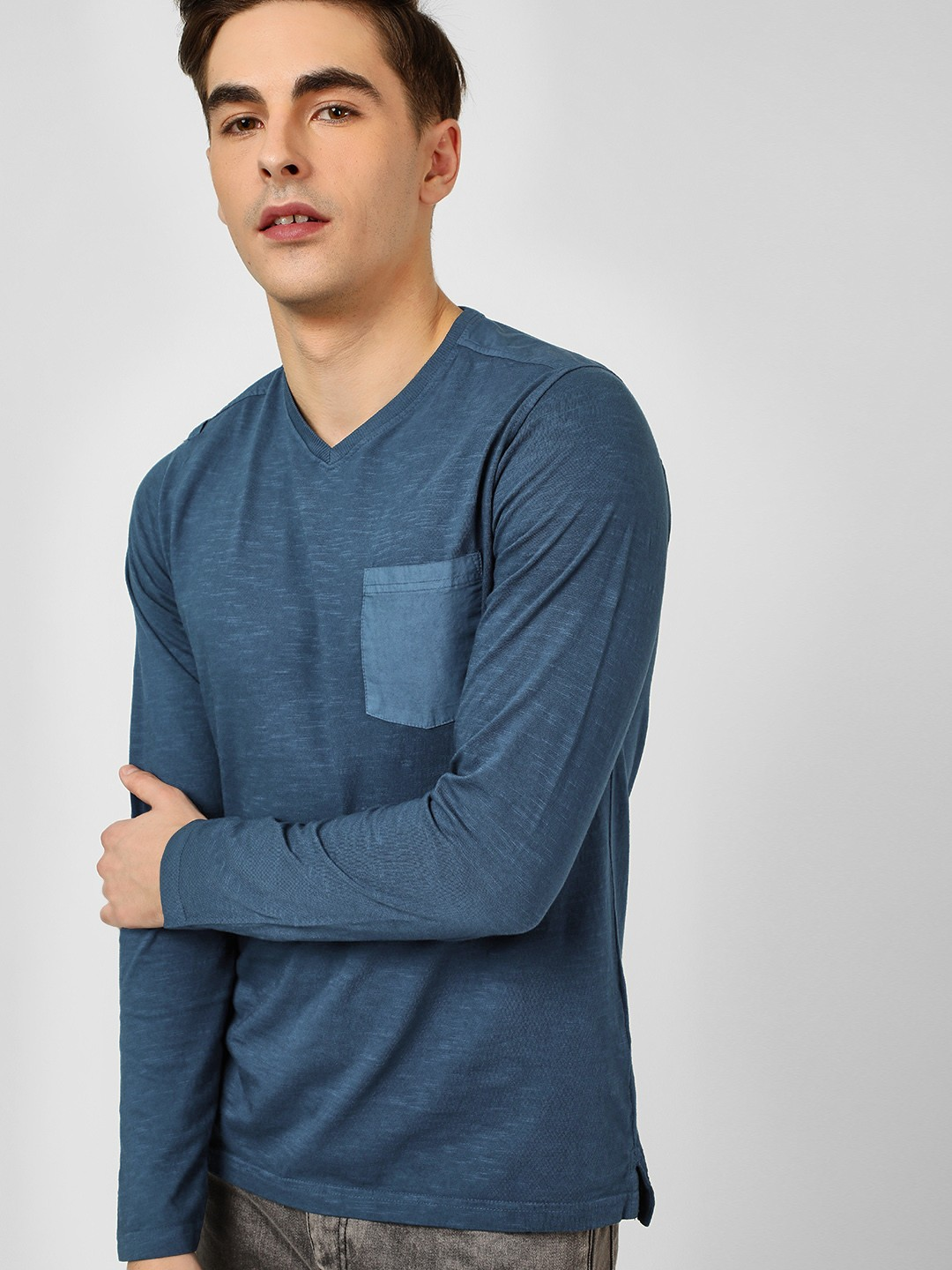 Buffalo Blue Woven Pocket V-Neck T-Shirt 1