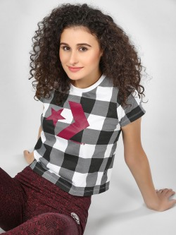 Converse Checkered Print Crop T-Shirt