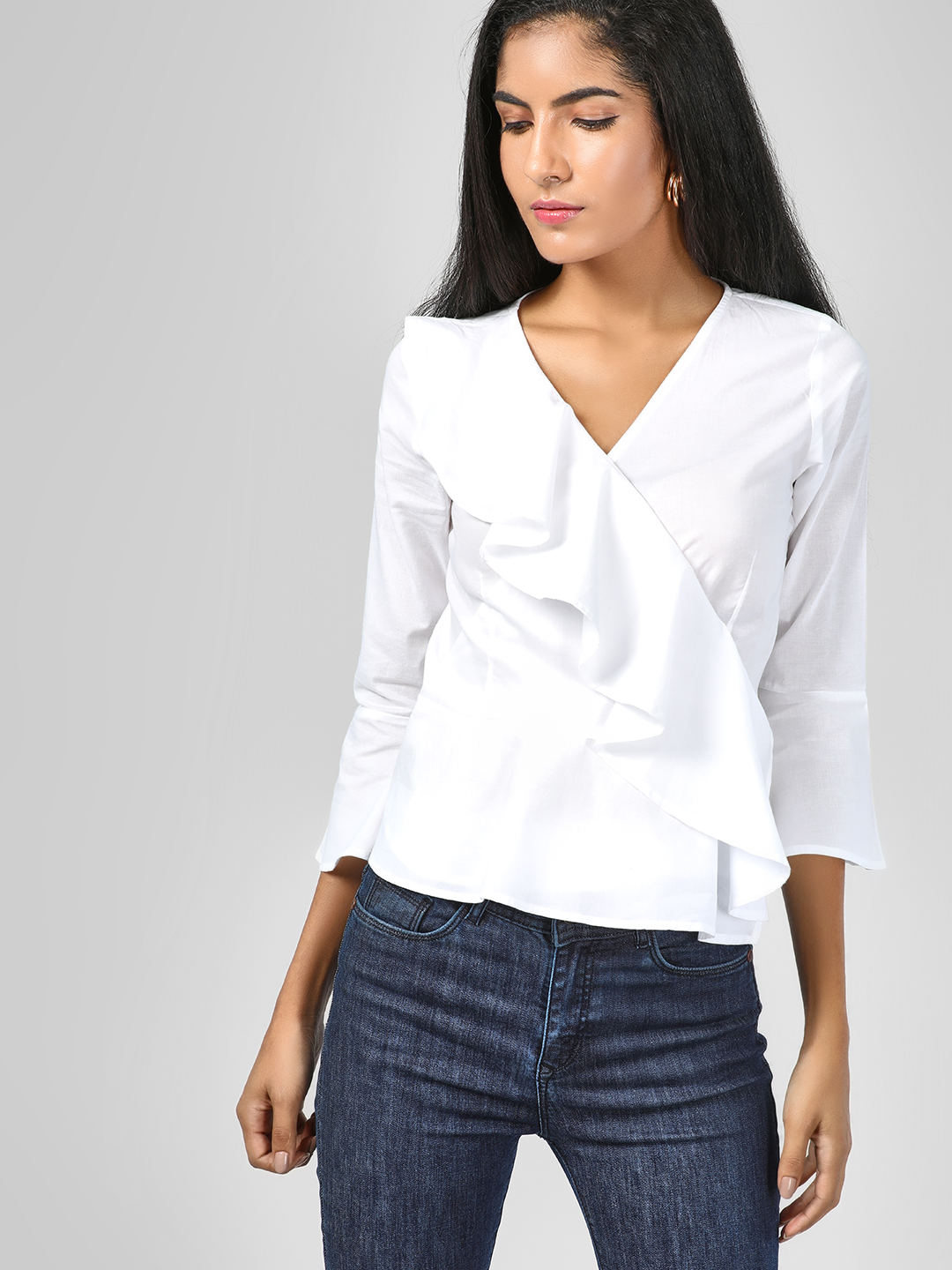 SCULLERS FOR HER White Ruffled Tie Up Blouse 1