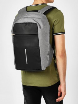 KAKA USB Anti-Theft Backpack