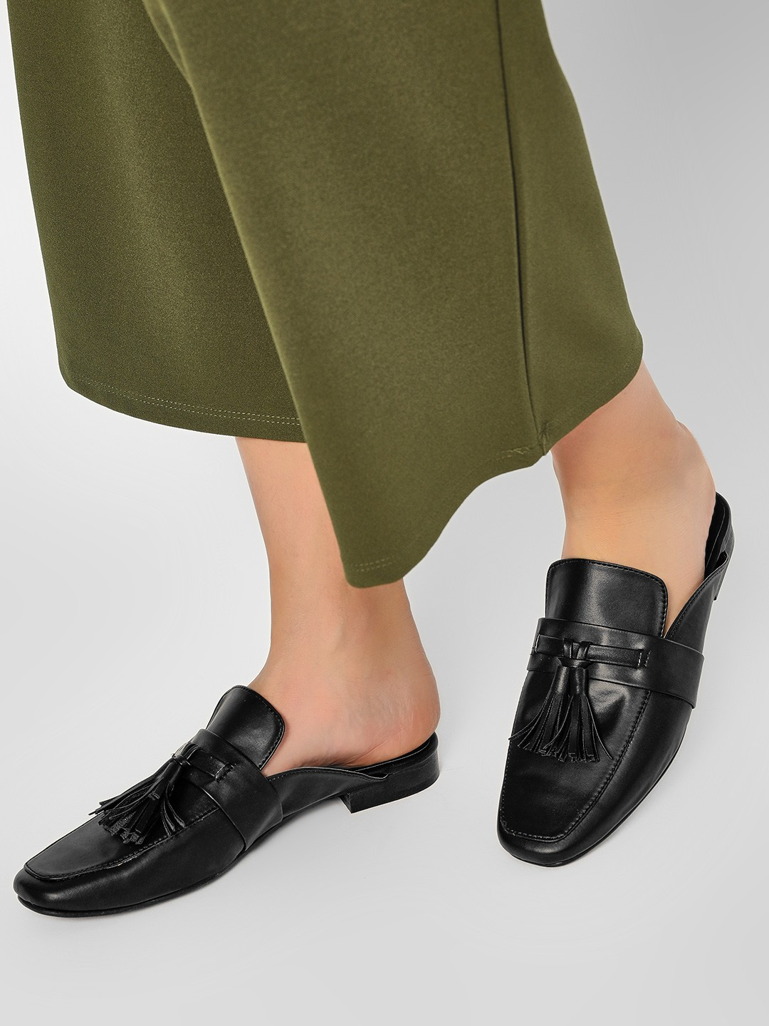KOOVS Black Tassel Mule Loafers 1
