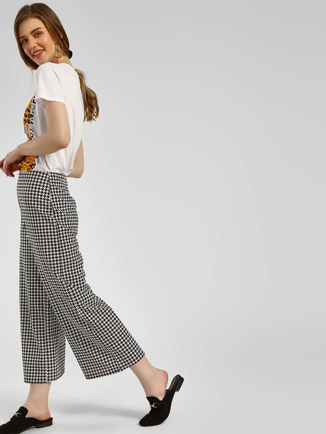 New Look BLACK PATTERN Houndstooth Print Flared Trousers 1