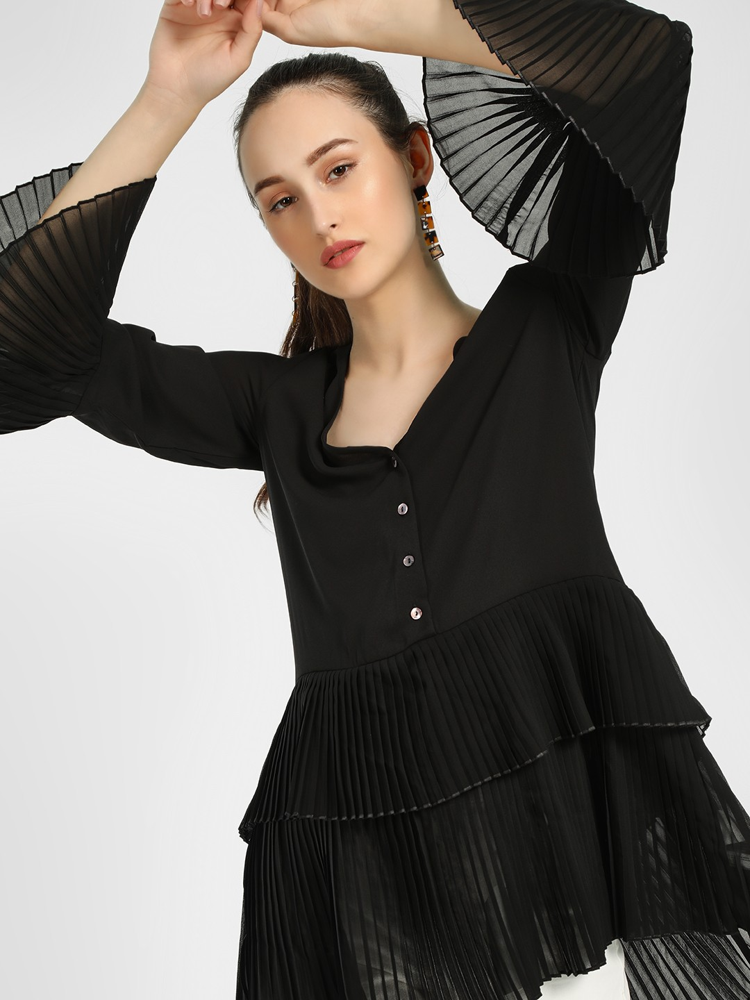 KOOVS Black Tiered High-Low Top 1