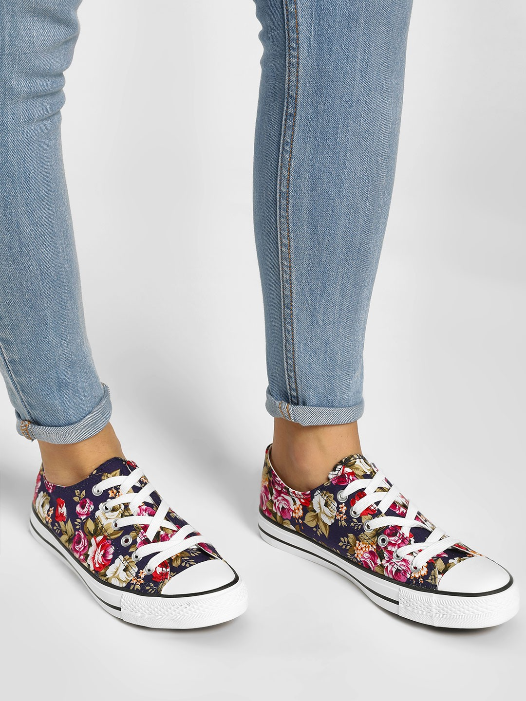 Happy Feet Multi Casual Lace Up Sneakers 1