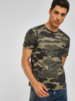 Lee Cooper Camo Print Zip Detail T-Shirt