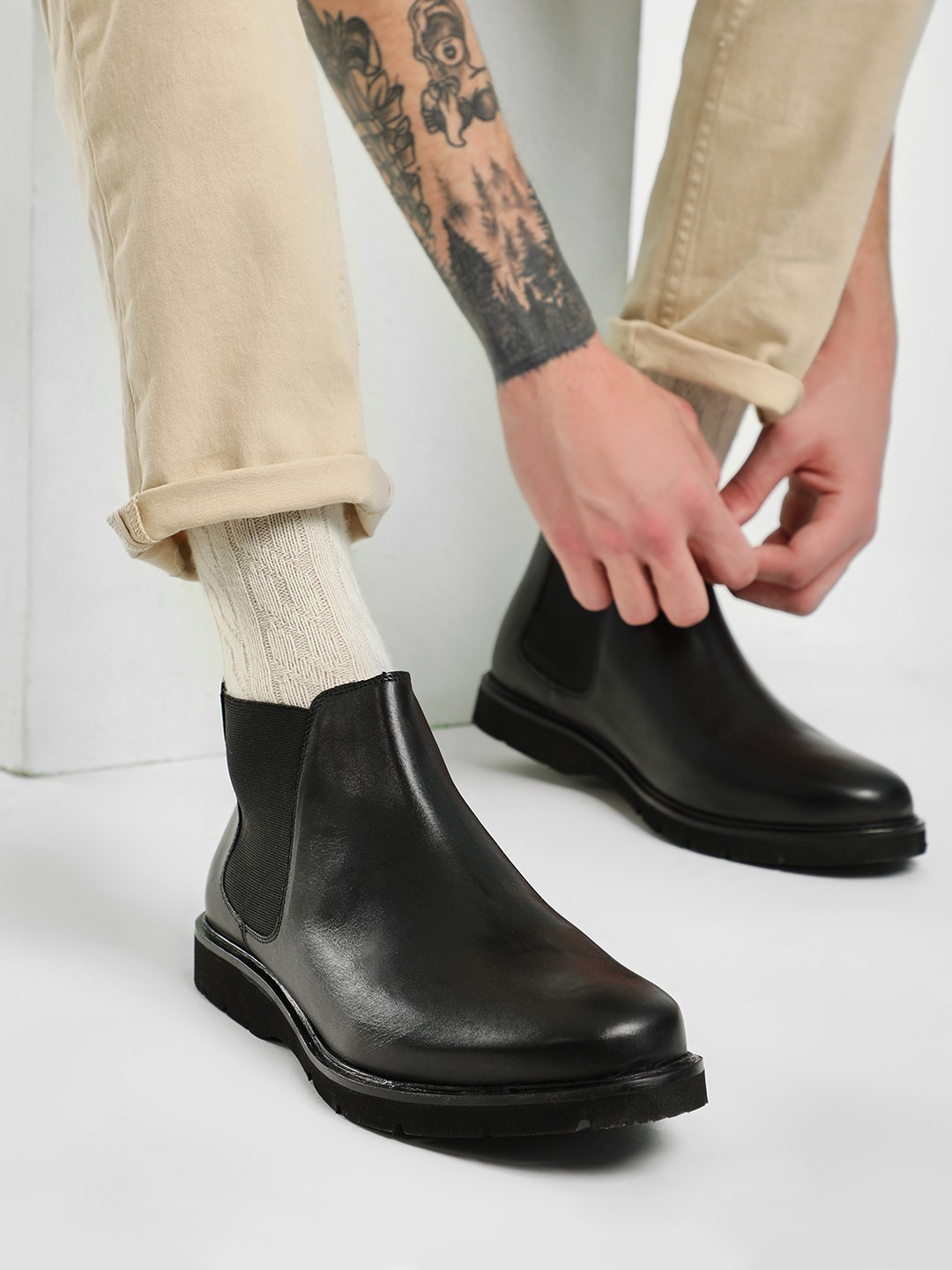 Kindred Black Leather Chelsea Boots 1