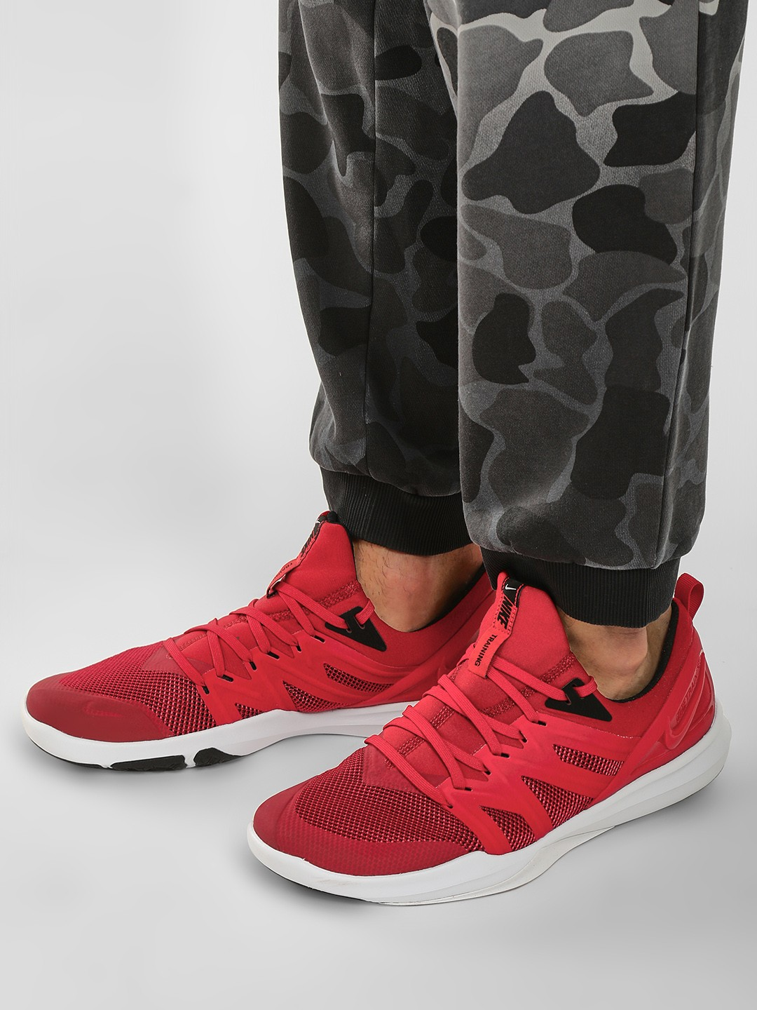 Nike Red Victory Elite Trainers 1