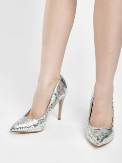 New Look Sequined Pointed Court Pumps