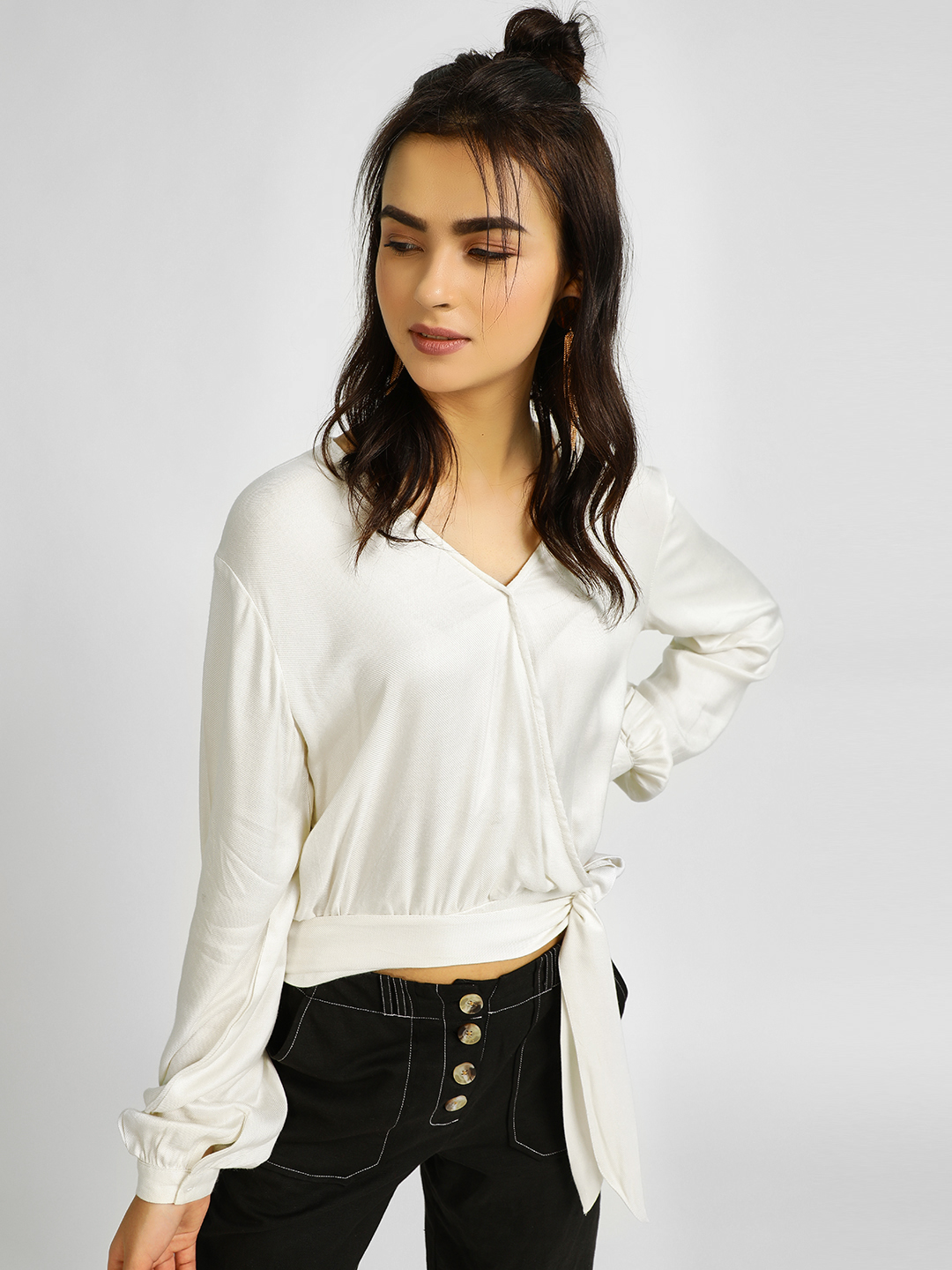 KOOVS White Basic Wrap Crop Top 1