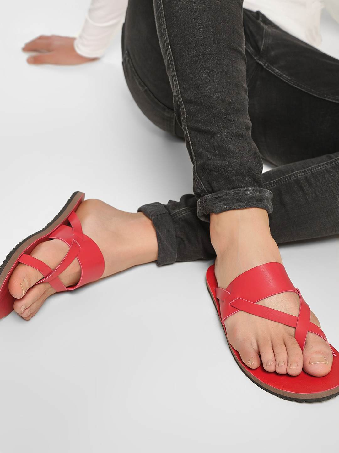 KOOVS Red Criss-Cross Sandals 1