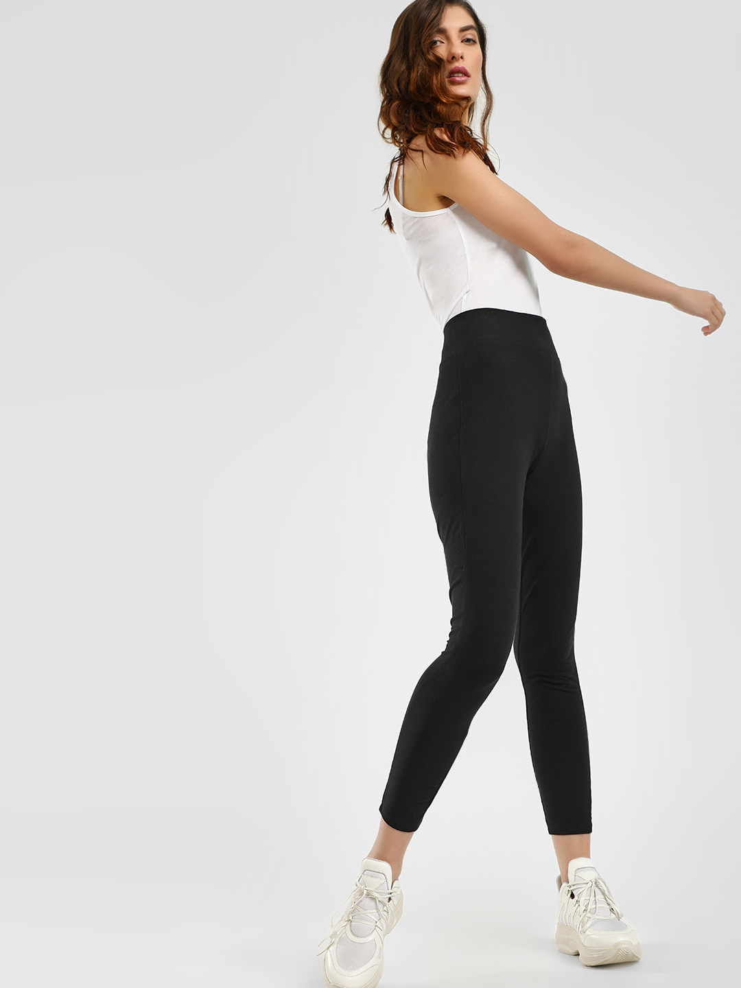 New Look Black High Waist Cropped Leggings 1