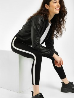 KOOVS Contrast Side Tape Crop Leggings