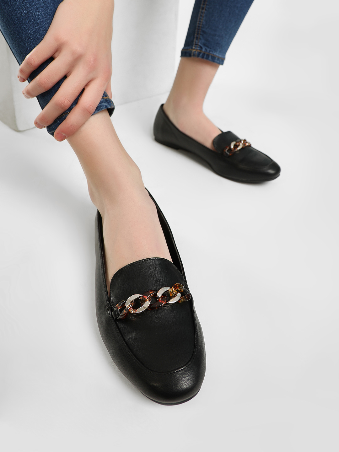 New Look Black Resin Chain Loafers 1