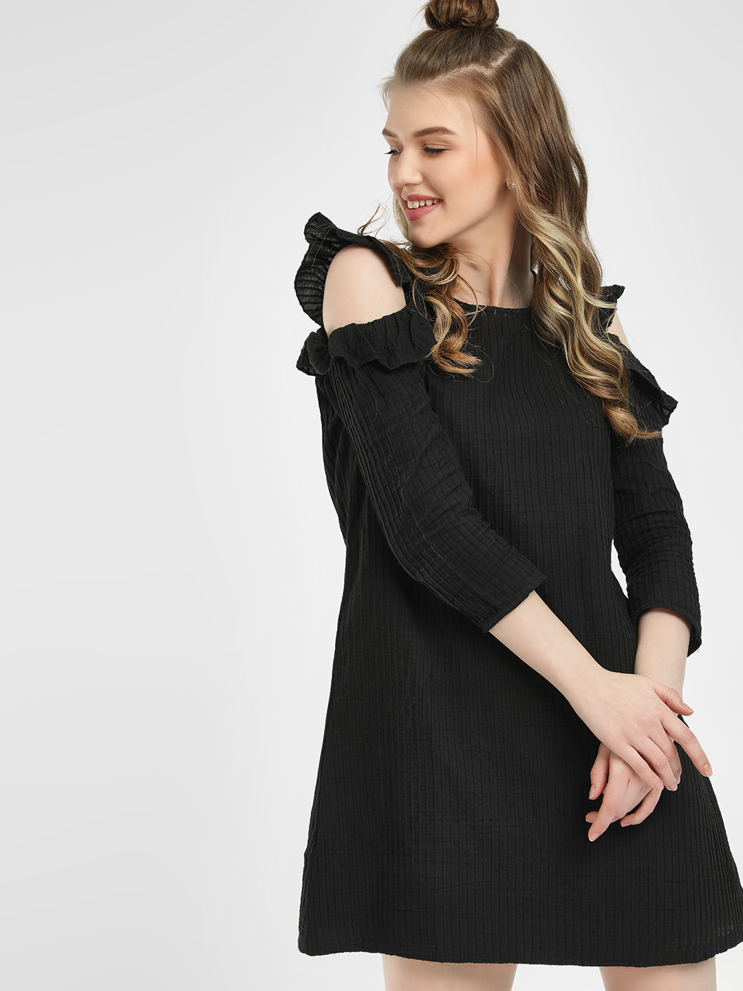 Sbuys Black Cold Shoulder Shift Dress 1