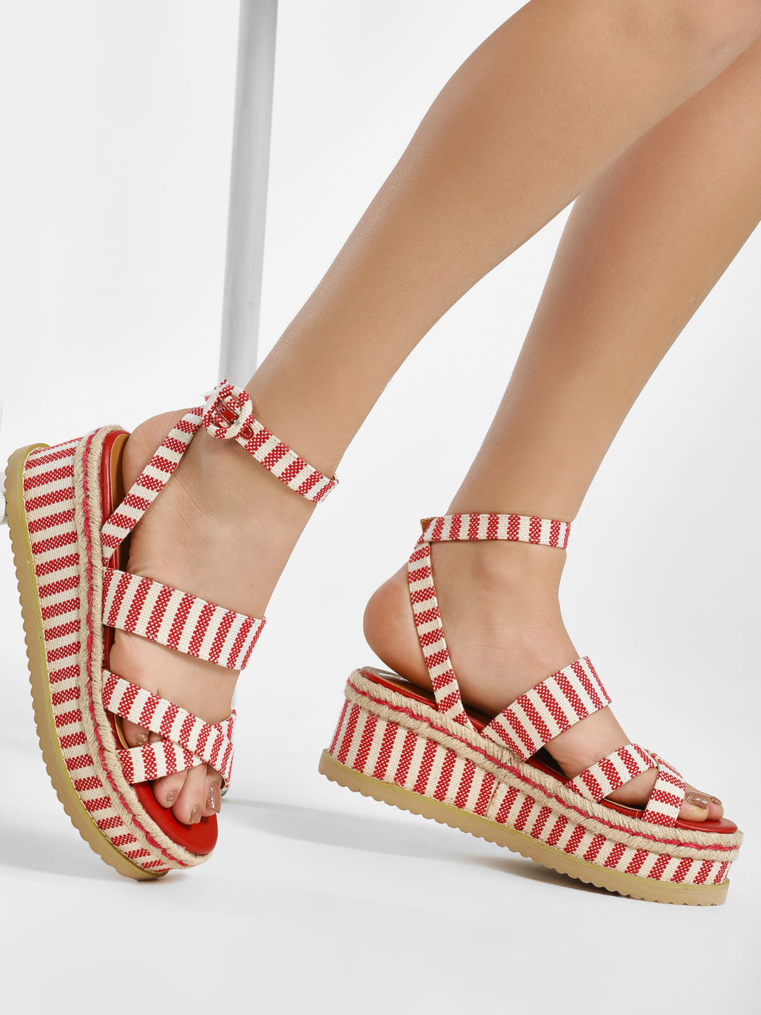 KOOVS Red Cross Strap Flatform Wedge Sandals 1